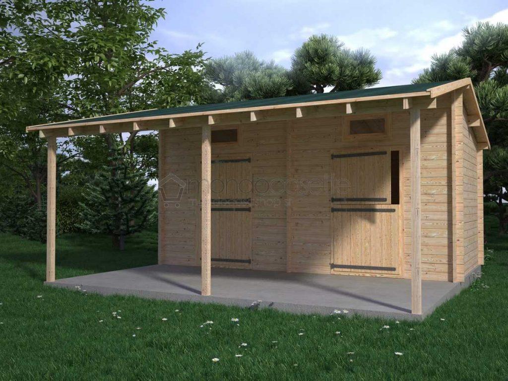 Box cavalli in legno con porticato